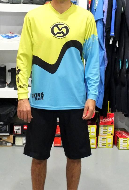 Enduro shirts and shorts of Sailboardstarifa