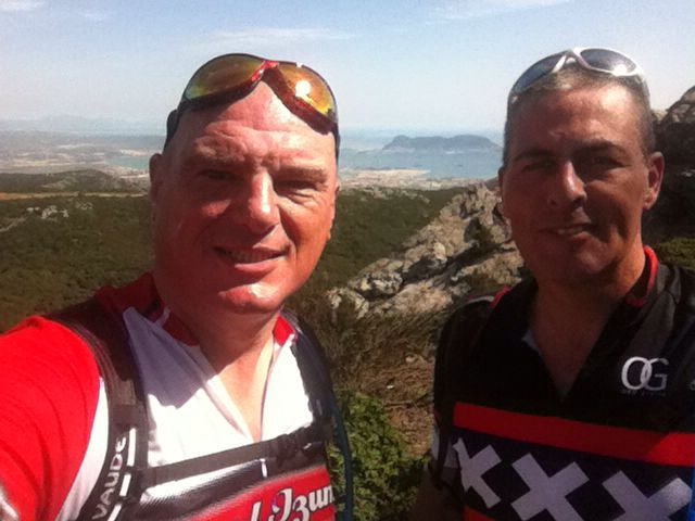 Mark and Henk, high five, some pictures and downhill.