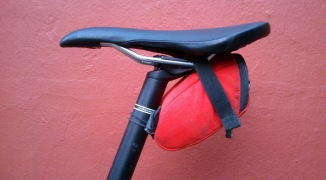What to bring in my mountain bike saddle bag.
