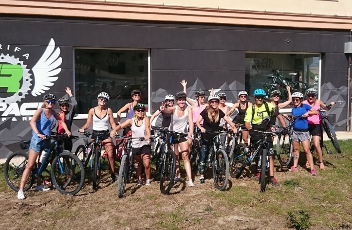 Group of dutch girls enjoying mountain biking tour in Tarifa under guidance