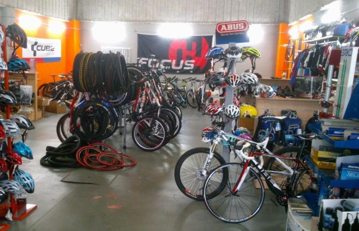 Vo2max Bike Shop in Palmones, Los Barrios.